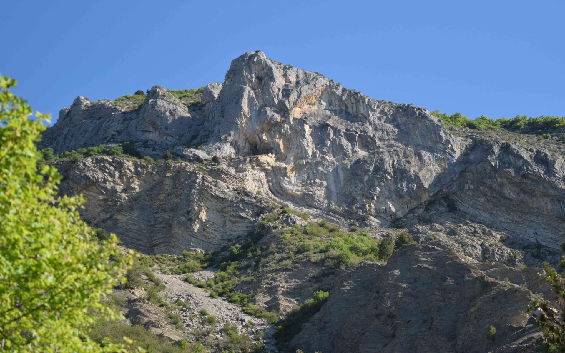 Calcaire datée du Jurassique - St Génis (Crédits : Sabine Meneut)