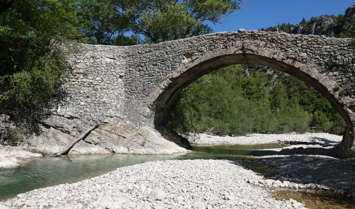 balade-vallee-Toulourenc-Mont-Ventoux-Brantes-credits-Toulourenc-Horizons