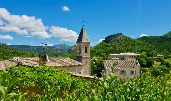 balade-Ventoux-et-Toulourenc-Savoillans-credits-Natural-Solutions-Ariane