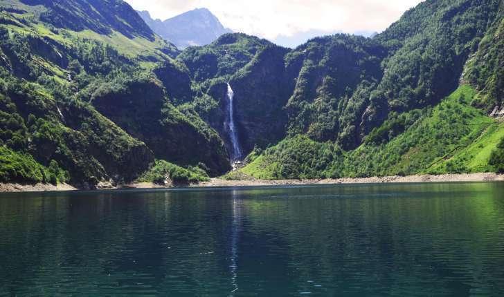 Lac d'Oô (Crédits : Sabine Meneut)